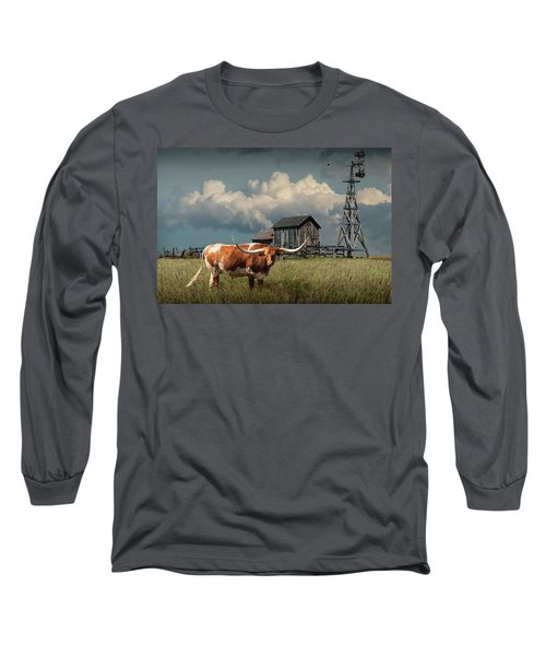Longhorn Steer In A Prairie Pasture By Windmill And Old Gray Wooden Barn Long Sleeve T-Shirt