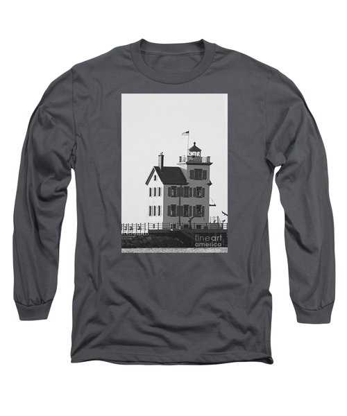 Lorain Lighthouse In Black And White Long Sleeve T-Shirt