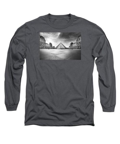 Louvre Bw Long Sleeve T-Shirt by Ivan Vukelic