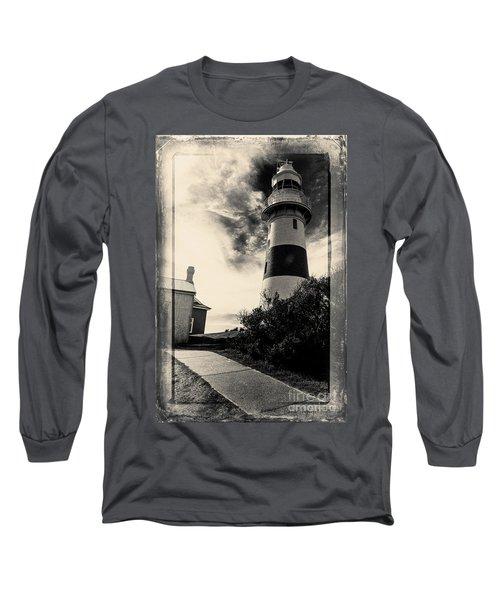 Low Head Lighthouse Long Sleeve T-Shirt