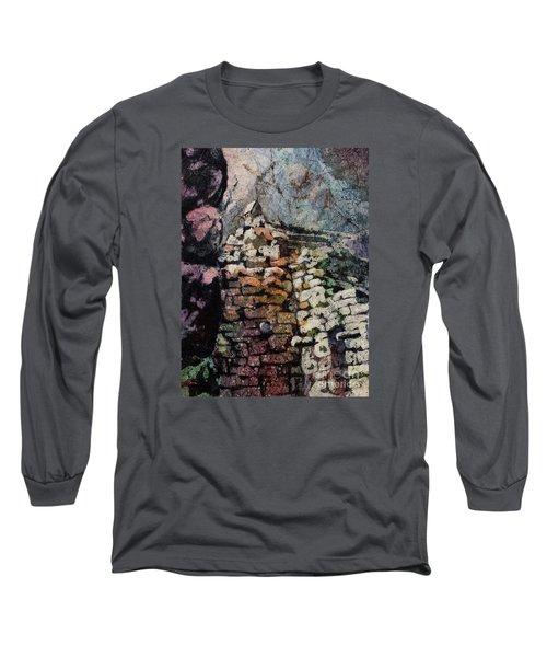 Machu Picchu Ruins- Peru Long Sleeve T-Shirt