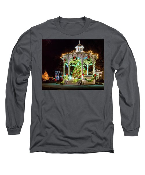 Medina, Ohio Christmas On The Square. Long Sleeve T-Shirt