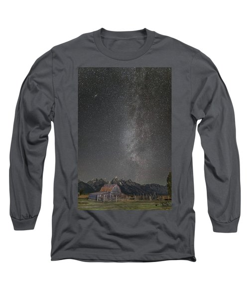 Long Sleeve T-Shirt featuring the photograph Milkyway Over The John Moulton Barn by Roman Kurywczak
