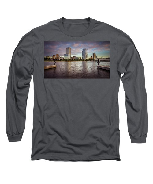 Milwaukee Skyline Long Sleeve T-Shirt