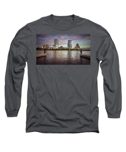 Milwaukee Skyline Long Sleeve T-Shirt