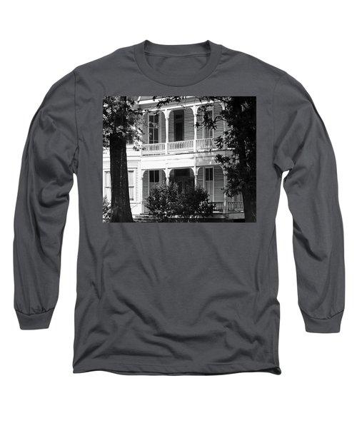 Mississippi Haunted House Long Sleeve T-Shirt