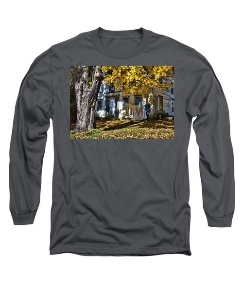 Monday Wash Day Long Sleeve T-Shirt by Betty Pauwels