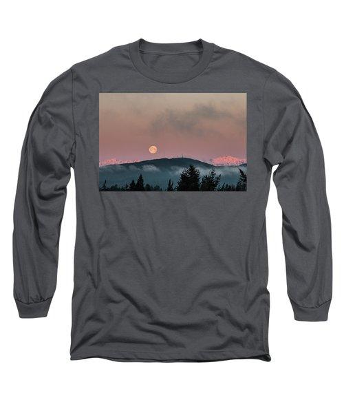 Moonset At Dawn Long Sleeve T-Shirt