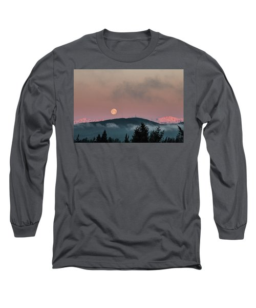 Moonset At Dawn Long Sleeve T-Shirt
