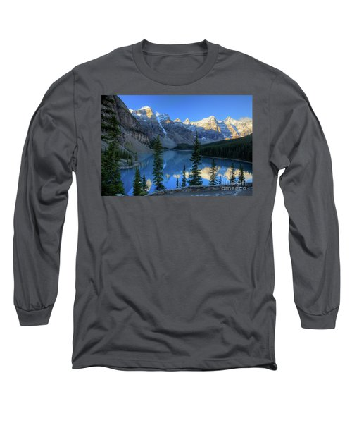 Moraine Lake Sunrise Blue Skies Long Sleeve T-Shirt
