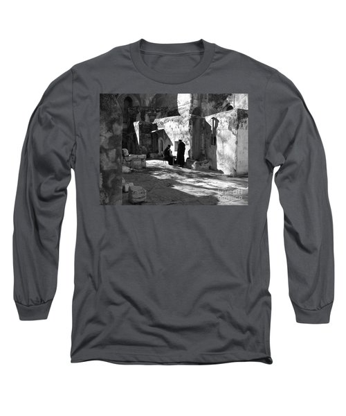 Morning Conversation In Bw Long Sleeve T-Shirt
