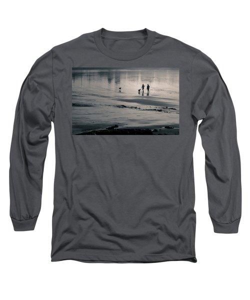 Morning Walk, Gooch's Beach, Kennebunk, Maine Long Sleeve T-Shirt
