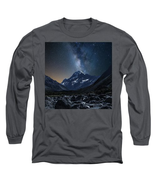 Mount Cook At Night Long Sleeve T-Shirt