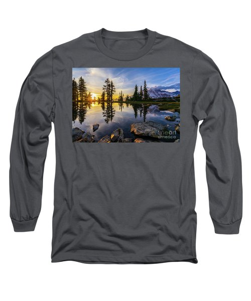 Mount Rainier Photography Golden Light Tarn Long Sleeve T-Shirt