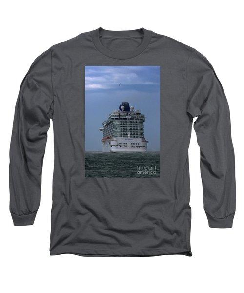 Mv Britannia 3 Long Sleeve T-Shirt by David  Hollingworth