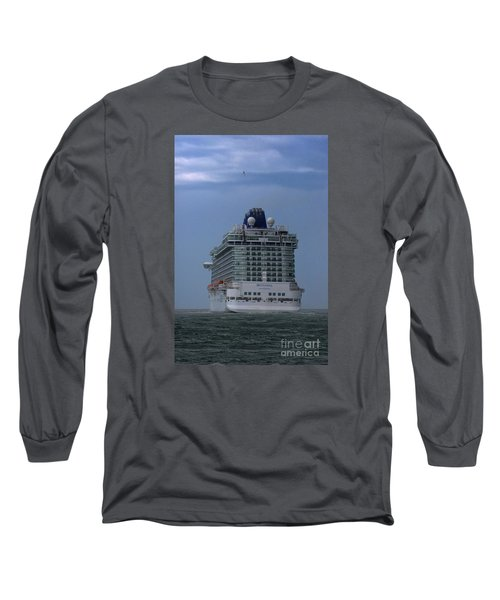 Mv Britannia 3 Long Sleeve T-Shirt