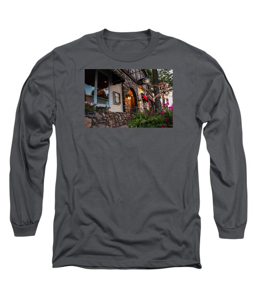 Nini's Restaurante Easthampton Long Sleeve T-Shirt