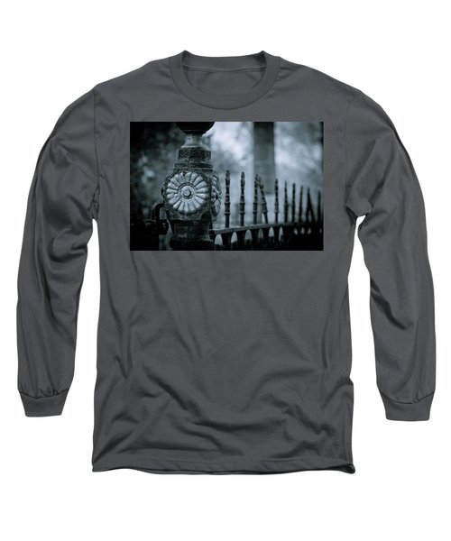 Long Sleeve T-Shirt featuring the photograph Oakwood Cemetery by Linda Unger