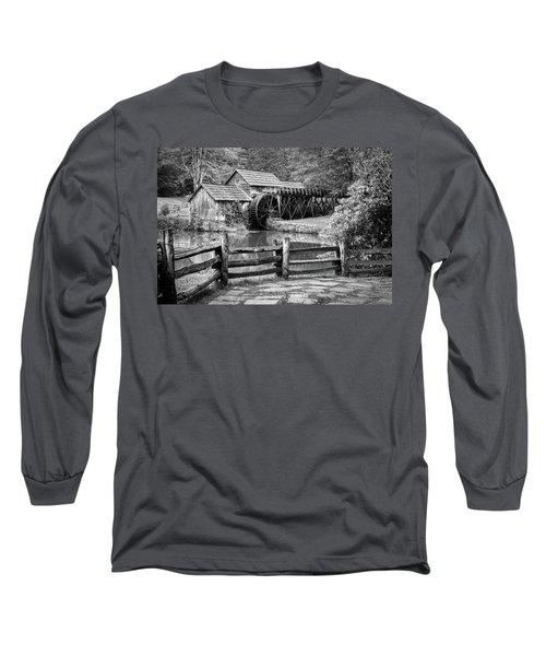 Old Mountain Morning Long Sleeve T-Shirt