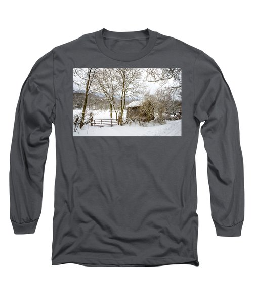 Old Post Office In Snow Long Sleeve T-Shirt