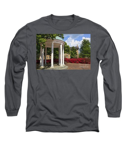 Old Well At Chapel Hill In Spring Long Sleeve T-Shirt
