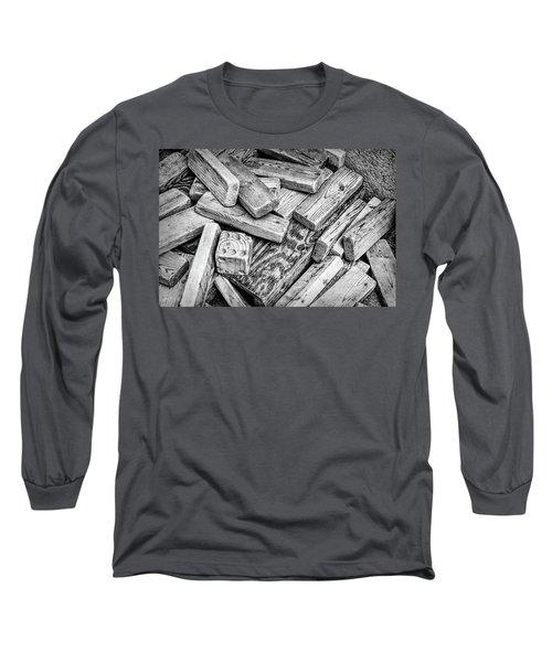 One Die Long Sleeve T-Shirt