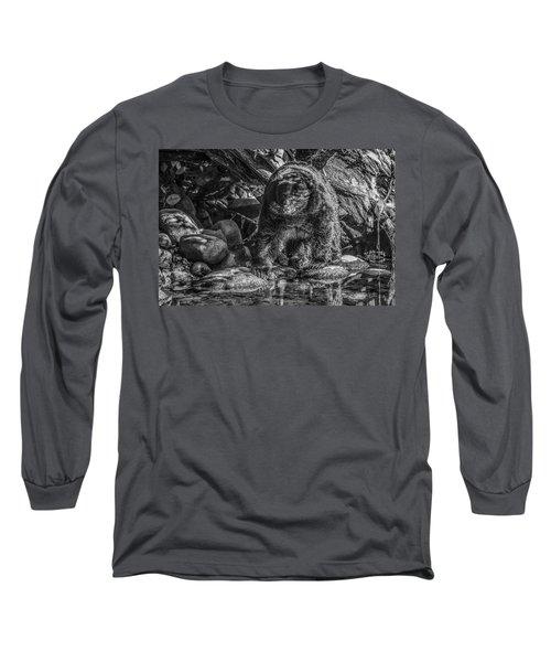 Oservant Black Bear  Long Sleeve T-Shirt