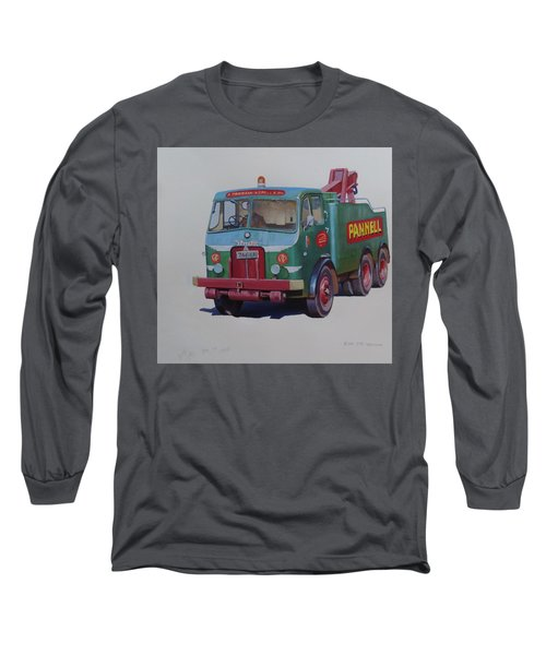 Long Sleeve T-Shirt featuring the painting Pannell Leyland Wrecker. by Mike Jeffries