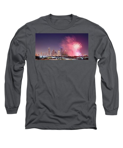 Panorama Of Downtown Houston Skyline Fireworks On The 4th Of July - Harris County Texas Long Sleeve T-Shirt