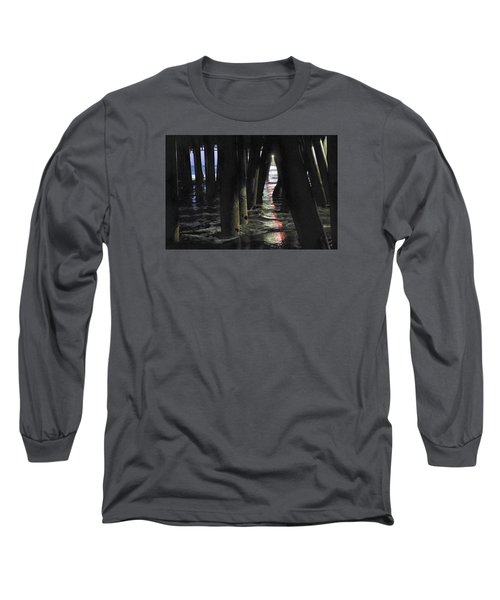 Peeking Long Sleeve T-Shirt