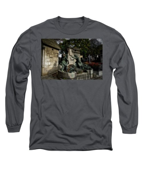 Pere Lachaise Tomb Long Sleeve T-Shirt