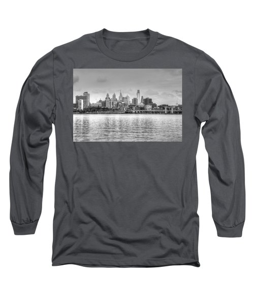 Philadelphia Skyline In Black And White Long Sleeve T-Shirt by Jennifer Ancker