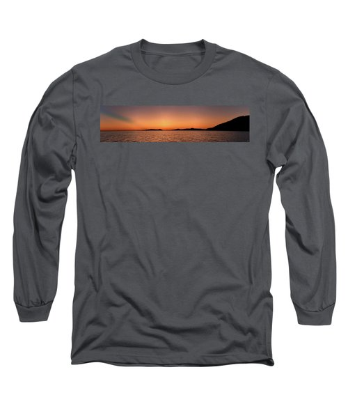 Pic Horizons Long Sleeve T-Shirt