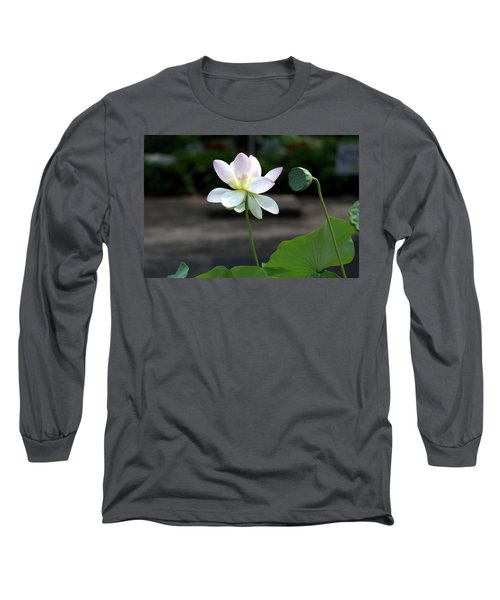 Pink And White Water Lily With Green Pod Long Sleeve T-Shirt