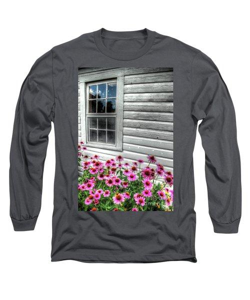Pink Daisies Long Sleeve T-Shirt