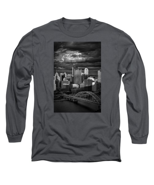 Pittsburgh Pennsylvania Skyline Long Sleeve T-Shirt