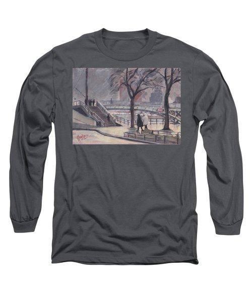 Pluie Sur Le Pont Passarelle Liege Long Sleeve T-Shirt