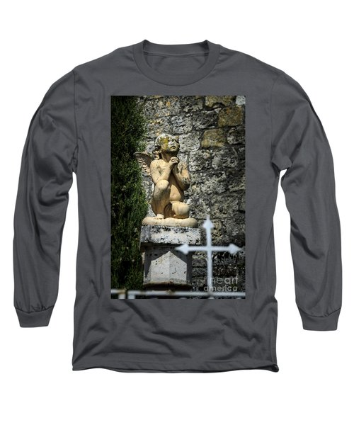 Praying Angel In Auvillar Cemetery Long Sleeve T-Shirt by RicardMN Photography
