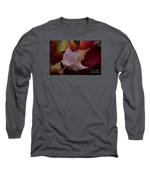 Rain Droplets On Leaf Long Sleeve T-Shirt