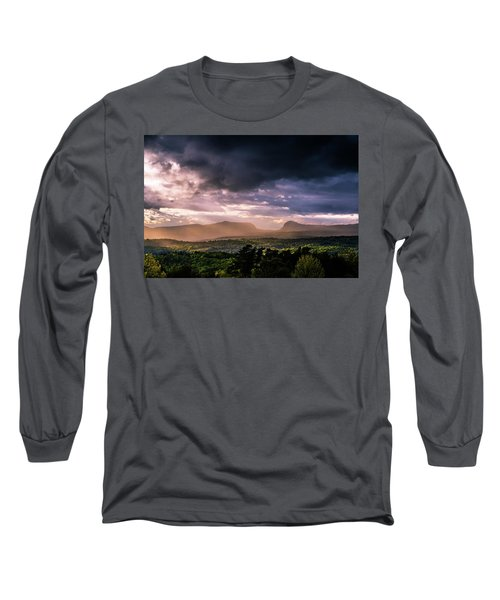 Rain Showers Over Willoughby Gap Long Sleeve T-Shirt