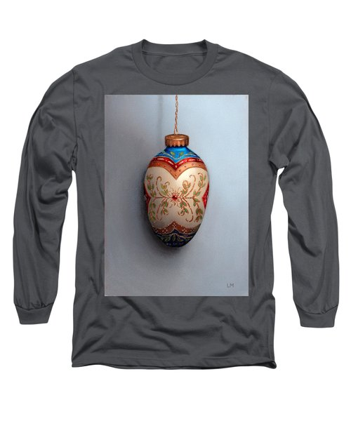 Red And Blue Filigree Egg Ornament Long Sleeve T-Shirt