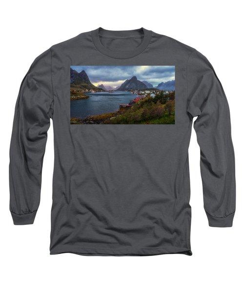 Reine Long Sleeve T-Shirt