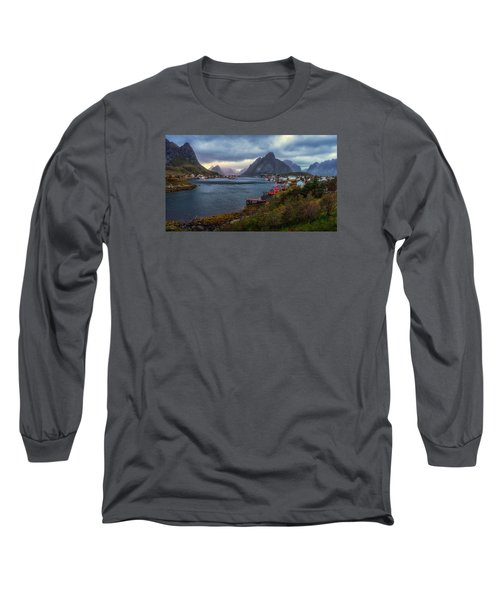 Reine Long Sleeve T-Shirt