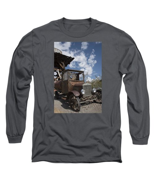 Long Sleeve T-Shirt featuring the photograph Rest Stop by Annette Berglund