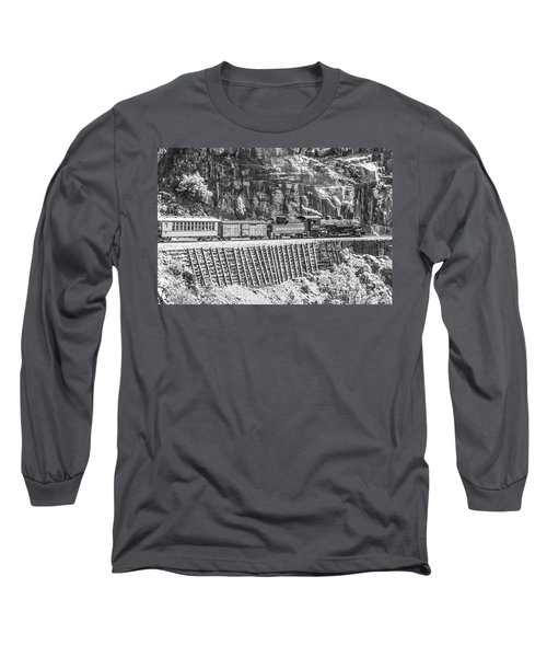 Long Sleeve T-Shirt featuring the photograph Riding The Edge by Colleen Coccia