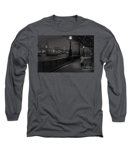 River Thames Embankment, London Long Sleeve T-Shirt