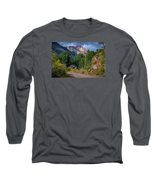 Road Towards Cinnamon Pass Long Sleeve T-Shirt