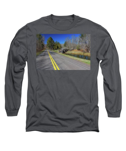 Road View Of Mabry Mill Long Sleeve T-Shirt