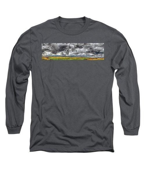 Rocky Mountain Panorama Hdr Long Sleeve T-Shirt