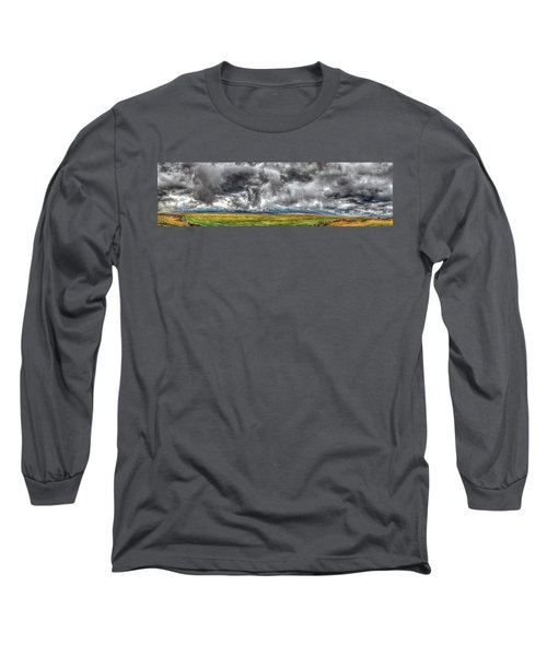 Rocky Mountain Panorama Hdr Long Sleeve T-Shirt